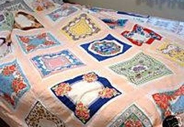 About Handkerchief Quilts