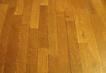 How to Refinish Pine Flooring