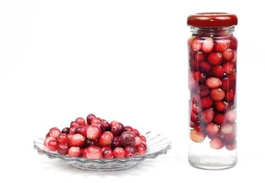 How to Make Cranberry Juice from Fresh Cranberries