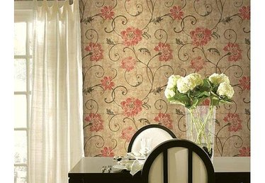 What Is Wallpaper Liner?