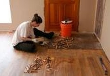 How to Remove Parquet Floor Tile