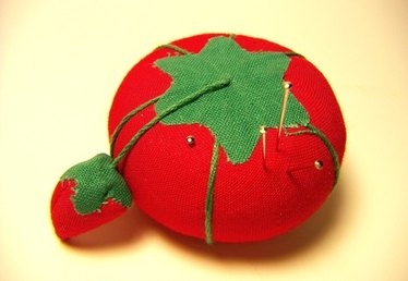 History of Tomato Pin Cushions