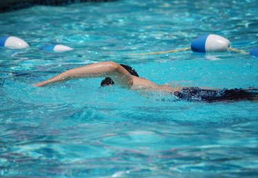 The Uses of Sodium Sulfite in Swimming Pools