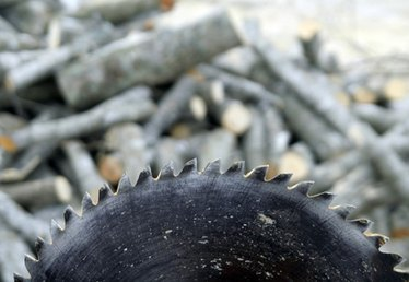 How to Sharpen a Carbide Saw Blade