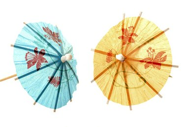 How to Make Chinese Paper Umbrellas