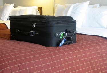 How to Repair Luggage