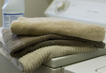How to Disinfect Towels