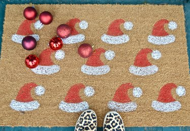How to Make a Santa Hat Welcome Mat