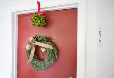 How to Decorate the Front Door for Christmas
