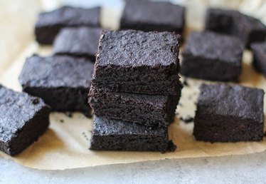 How to Make Fudgy Gluten Free Brownies