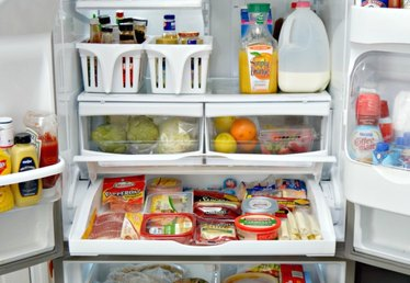 6 Smart Tips on How to Keep Your Refrigerator Organized