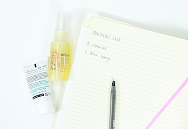5 Tips for Packing Your Beauty Products Like a Minimalist