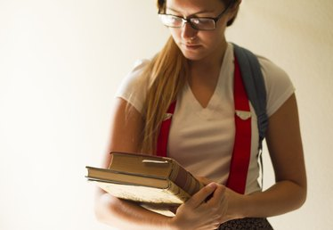 How to Be a Girl Nerd for Halloween