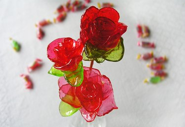 How to Make Roses Out of Jolly Ranchers Candy