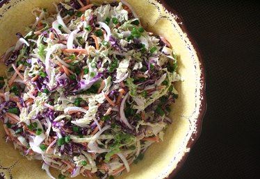 How to Make Coleslaw for a Summer Picnic