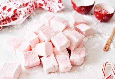 Add Peppermint Marshmallows to All of Your Holiday Festivities