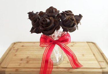 Valentine's Day Idea: Tootsie Roll Bouquet