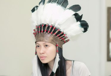 How to Make a Native American Chief Headdress