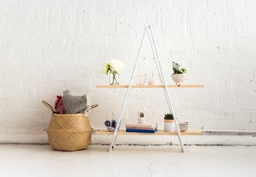 DIY Standing Copper Pipe and Pine Shelf