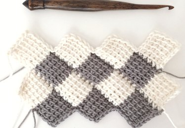 How to Use the Tunisian Entrelac Crochet Method