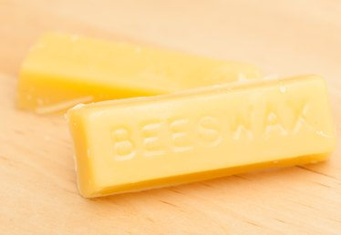 How to Melt Beeswax