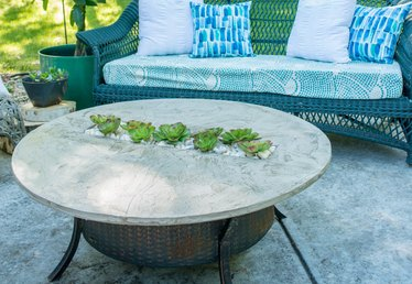 How to Make a Fire Pit Cover with a River Rock Garden Insert