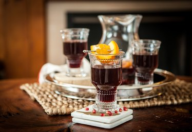 Orange Pomegranate Holiday Sangria Tutorial