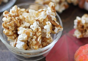 This Pumpkin Spice Caramel Corn is Everything