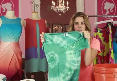 How to Design a Tie-Dye T-Shirt