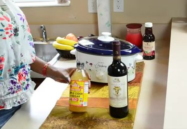 How to Use Mother of Vinegar
