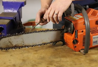 How to Sharpen Chainsaw Teeth