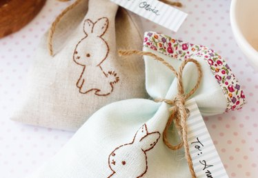 DIY Wee Brown Bunny Treat Bags