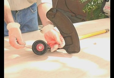 Learn How to Spool with a Weed Eater