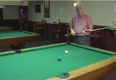How to Stroke the Pool Cue