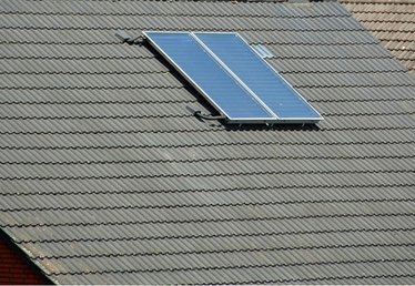 How to Transfer Solar Energy From a Solar Panel