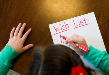 7 Ways to Help Manage Kids' Gift Expectations This Holiday Season