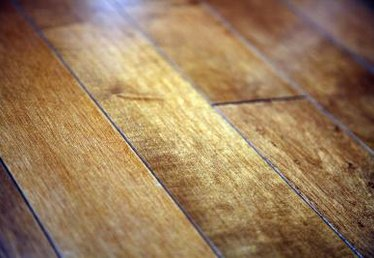 Feng Shui Information on Hardwood Floors