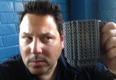 eHow Tech Podcast #21: Actor Greg Grunberg Talks Heroes, Lost, JJ Abrams, and Yowza!!
