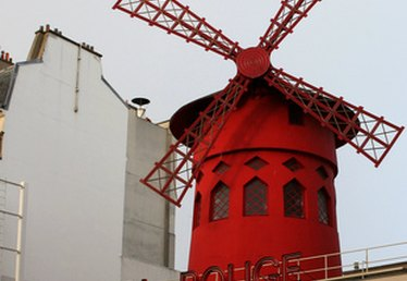 Moulin Rouge Style Decorating Ideas