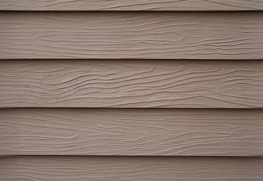 How to Repaint Masonite Siding
