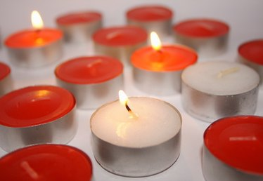 What Are White Plain Candles Made of?