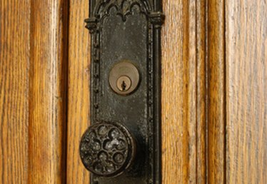 How to Keep a Brass Doorknob From Turning Green