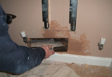 How to Repair Plaster Walls & Ceilings