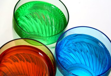 How to Make Color Liquid for Glass Bottles
