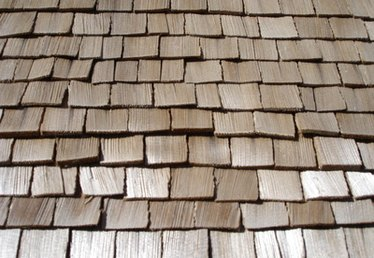 How to Calculate Cedar Shingles Coverage