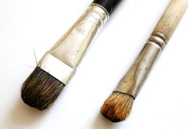 How to Make Paintbrushes Out of Human Hair