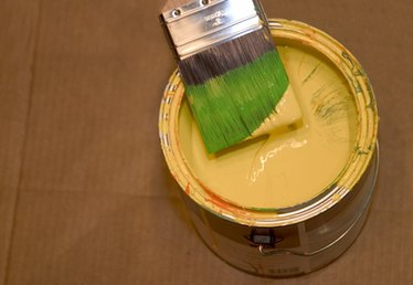 How to Add Water to Latex Paint