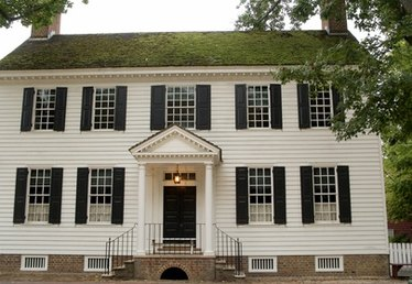 Definition of a Colonial House
