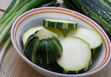 How to Identify Summer Squash
