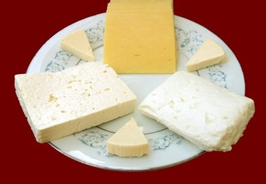 What Makes a Cheese Mild, Medium or Strong?